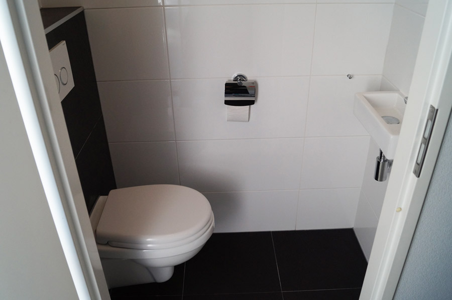 Complete Badkamer Almere : Toilet renoveren almere project foto s toilet renovatie almere