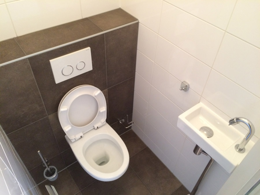 toilet renoveren purmerend project foto 39 s toilet renovatie purmerend. Black Bedroom Furniture Sets. Home Design Ideas